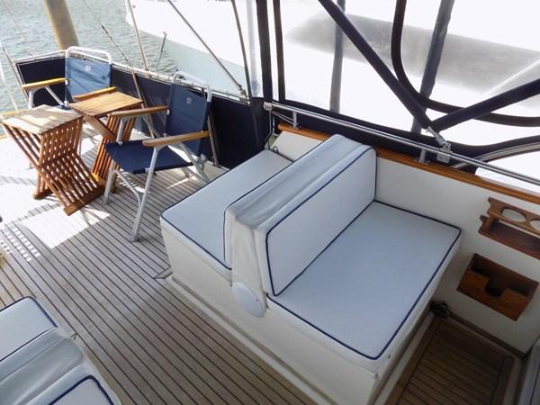 1990 GRAND BANKS 42 Classic Trawler 2538681