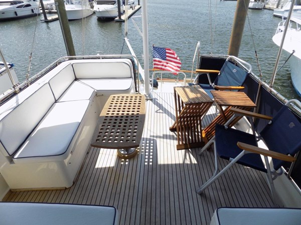 1990 GRAND BANKS 42 Classic Trawler 2538685