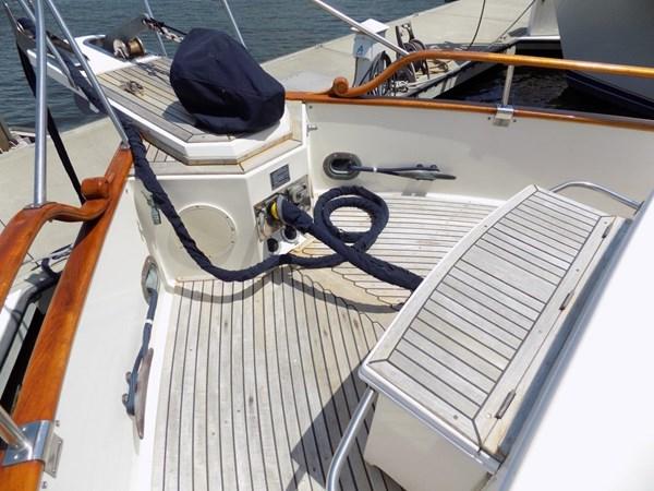 1990 GRAND BANKS 42 Classic Trawler 2538695