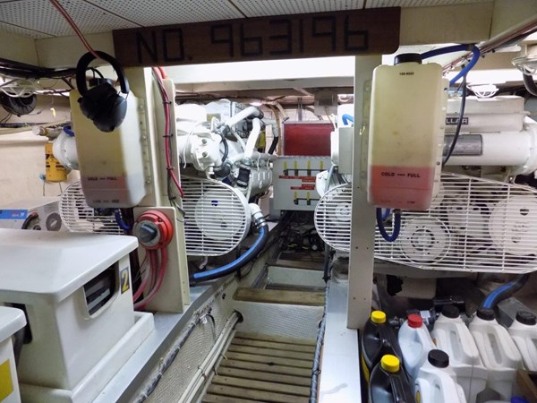 1990 GRAND BANKS 42 Classic Trawler 2538700