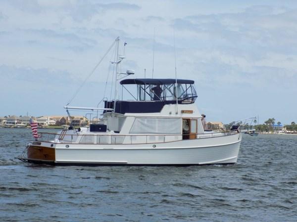 1990 GRAND BANKS 42 Classic Trawler 2538715