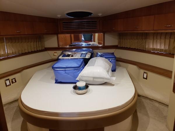 2005 CARVER 466 Motor Yacht 2539242