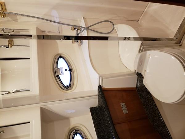 2005 CARVER 466 Motor Yacht 2539248
