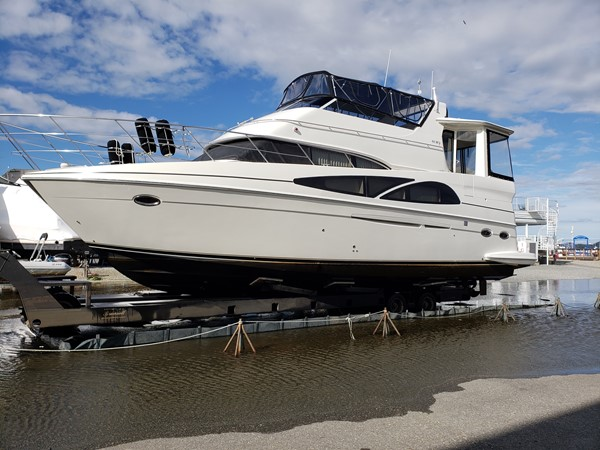 2005 CARVER 466 Motor Yacht 2539258