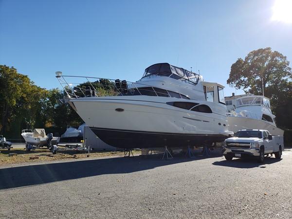 2005 CARVER 466 Motor Yacht 2539259