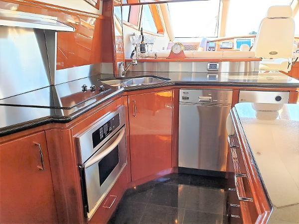 2006 MARQUIS  Motor Yacht 2539338