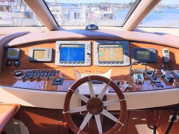 2006 MARQUIS  Motor Yacht 2539340