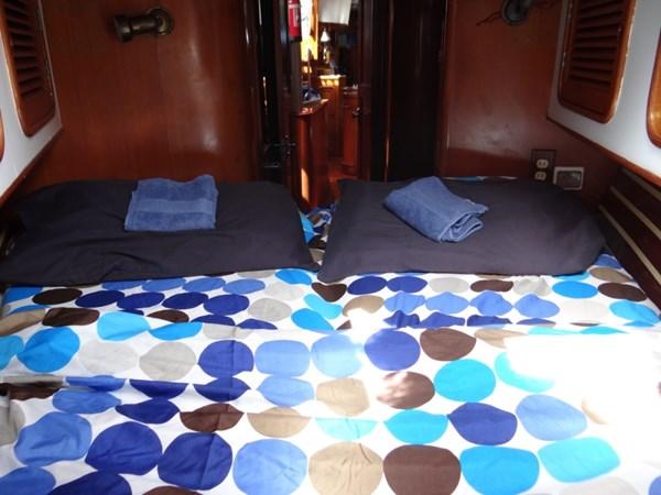 Darling Blue FWD Cabin_WL 1990 TAYANA  Cutter 2539770