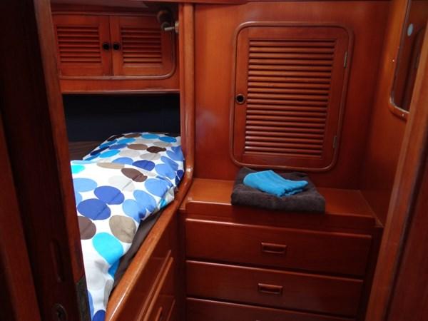 Darling Blue STB Cabin_2_WL 1990 TAYANA  Cutter 2539777