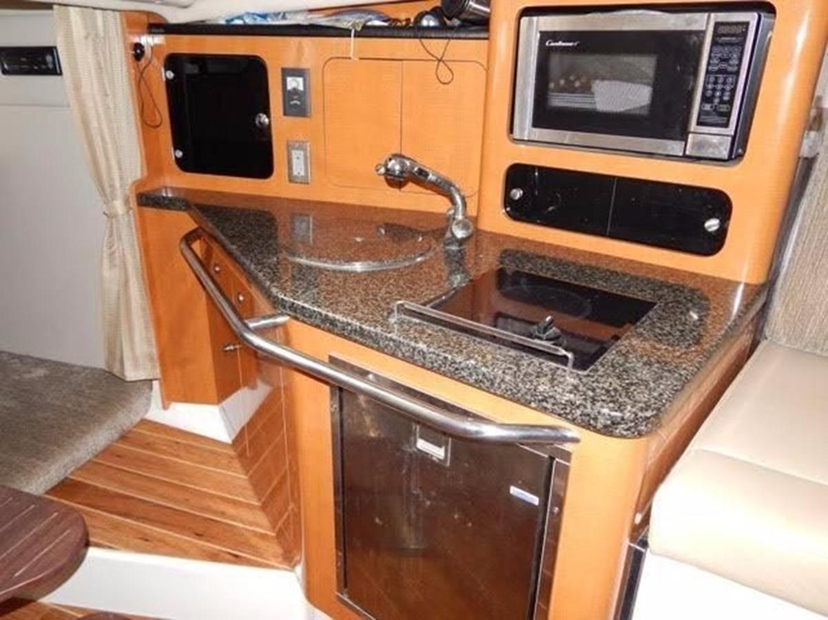 2012 ROBALO 305 Express Walkaround 2540355