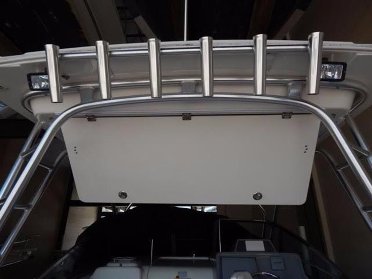 2012 ROBALO 305 Express Walkaround 2540359