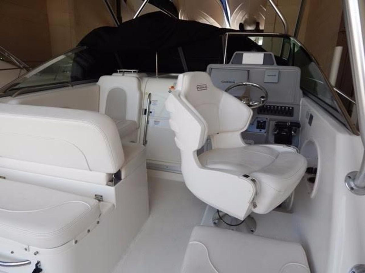 2012 ROBALO 305 Express Walkaround 2540371