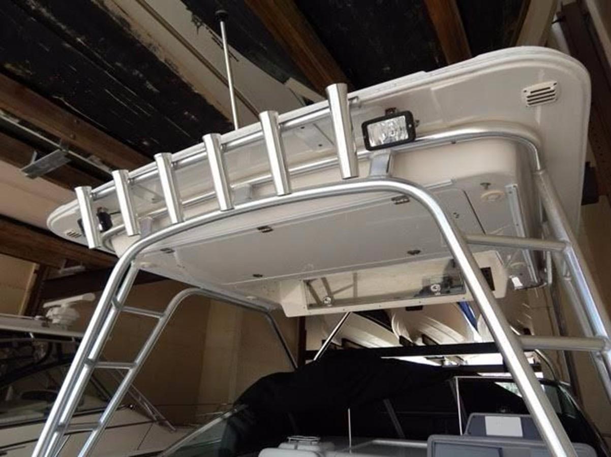 2012 ROBALO 305 Express Walkaround 2540378