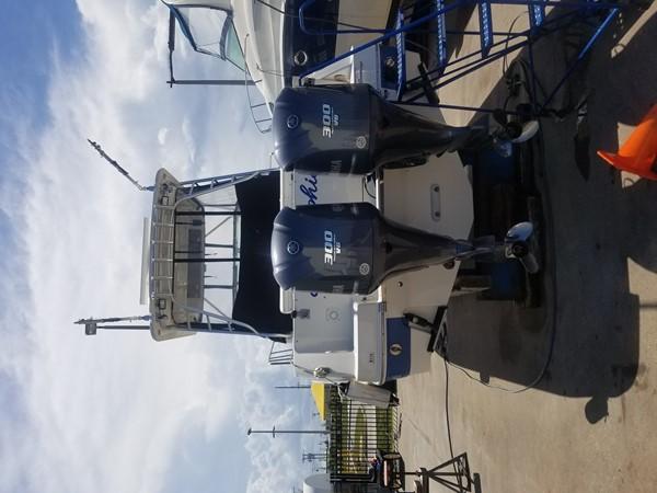 2012 ROBALO 305 Express Walkaround 2591792