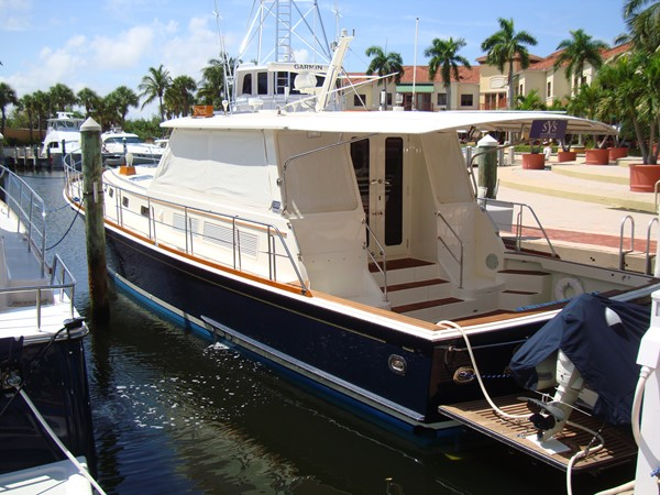 This 2006 54' Grand Banks Eastbay SX for Sale - SYS Yacht Sales 2006 GRAND BANKS Eastbay SX Cruiser 2546213