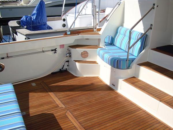 2006 GRAND BANKS Eastbay SX Cruiser 2546228