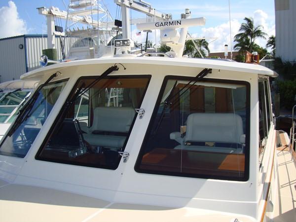 2006 GRAND BANKS Eastbay SX Cruiser 2546235
