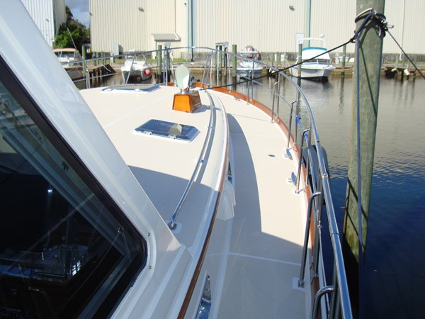2006 GRAND BANKS Eastbay SX Cruiser 2546238