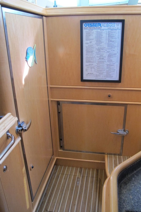 2010 DISCOVERY Discovery 55 Cruising Sailboat 2541378