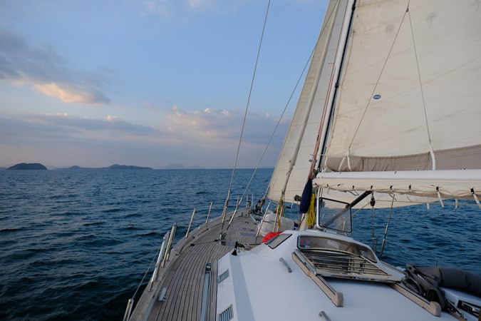 Deck and sailing  2001 CANTIERE TORMENE  Sloop 2593506