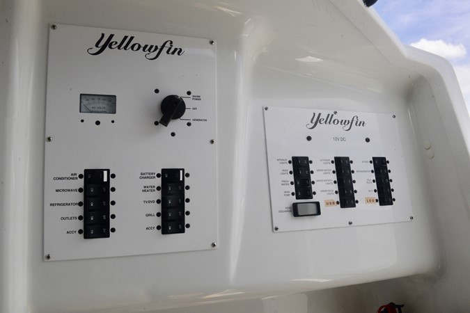 2015 YELLOWFIN Center Console Center Console 2542265