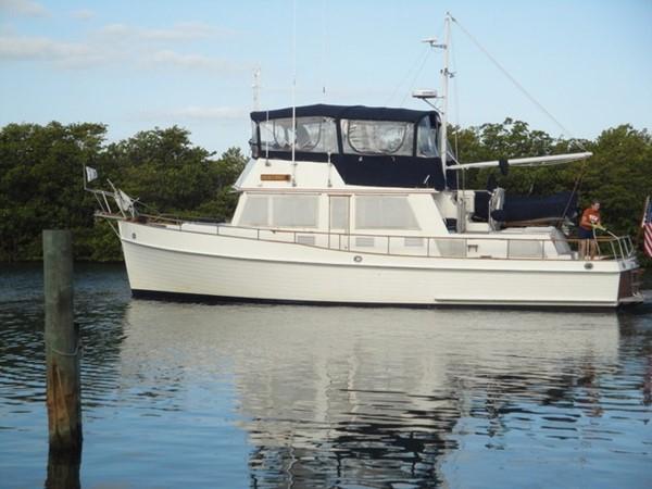 1985 GRAND BANKS 2 staeroom classic Trawler 2542375