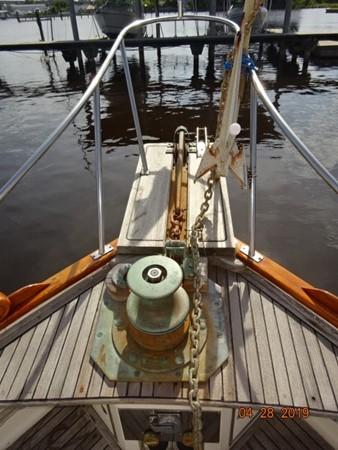 1985 GRAND BANKS 2 staeroom classic Trawler 2542382