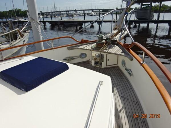 1985 GRAND BANKS 2 staeroom classic Trawler 2542383