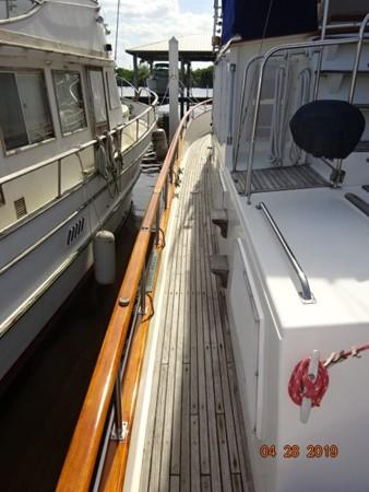 1985 GRAND BANKS 2 staeroom classic Trawler 2542385