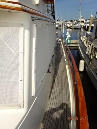 1985 GRAND BANKS 2 staeroom classic Trawler 2542386