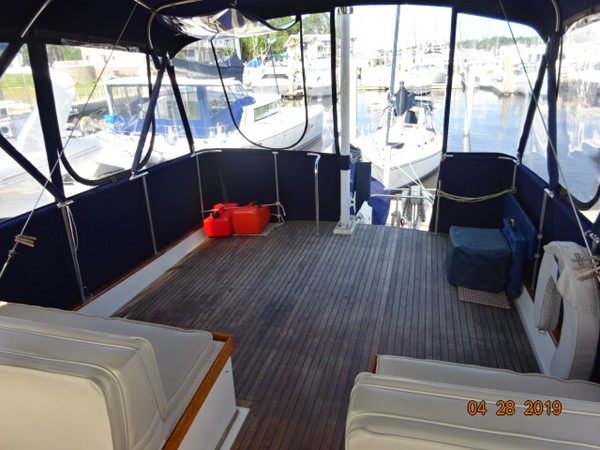 1985 GRAND BANKS 2 staeroom classic Trawler 2542390