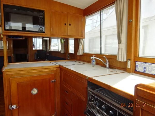 1985 GRAND BANKS 2 staeroom classic Trawler 2542415
