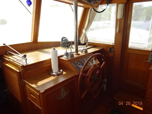 1985 GRAND BANKS 2 staeroom classic Trawler 2542416