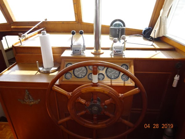 1985 GRAND BANKS 2 staeroom classic Trawler 2542417