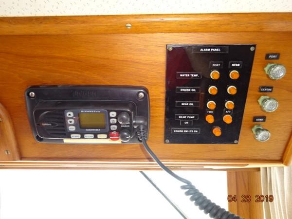 1985 GRAND BANKS 2 staeroom classic Trawler 2542418