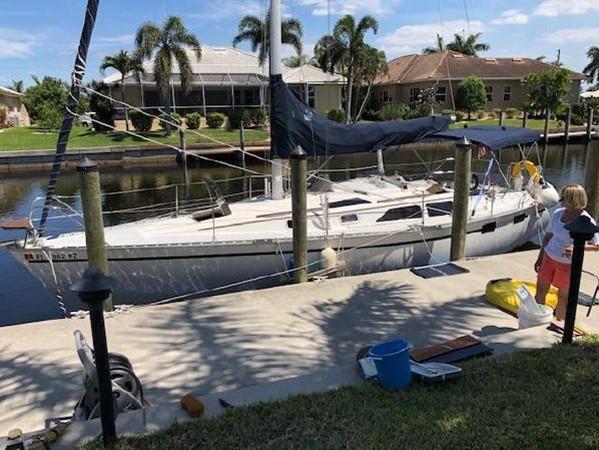 1989 HUNTER 35.5 Classic Yacht 2543459