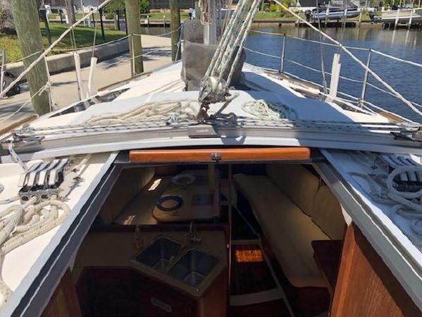1989 HUNTER 35.5 Classic Yacht 2543472