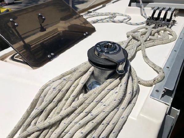 1989 HUNTER 35.5 Classic Yacht 2543475