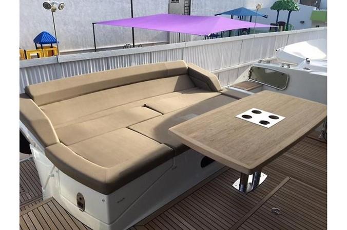 2015 PRESTIGE 550 Fly Motor Yacht 2543586