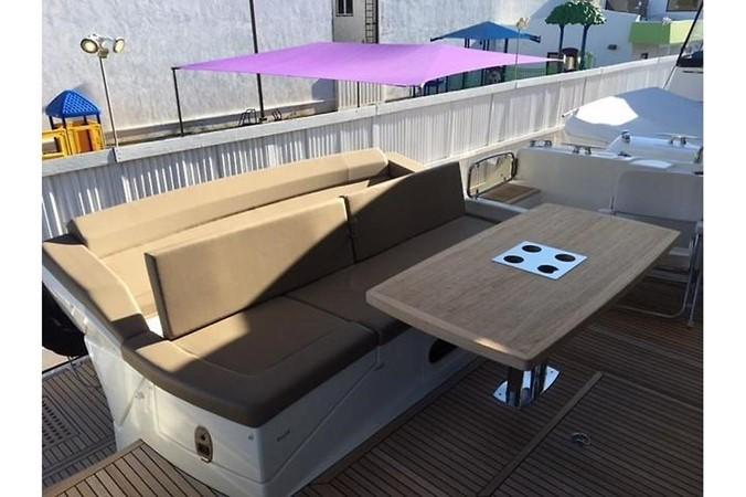 2015 PRESTIGE 550 Fly Motor Yacht 2543615