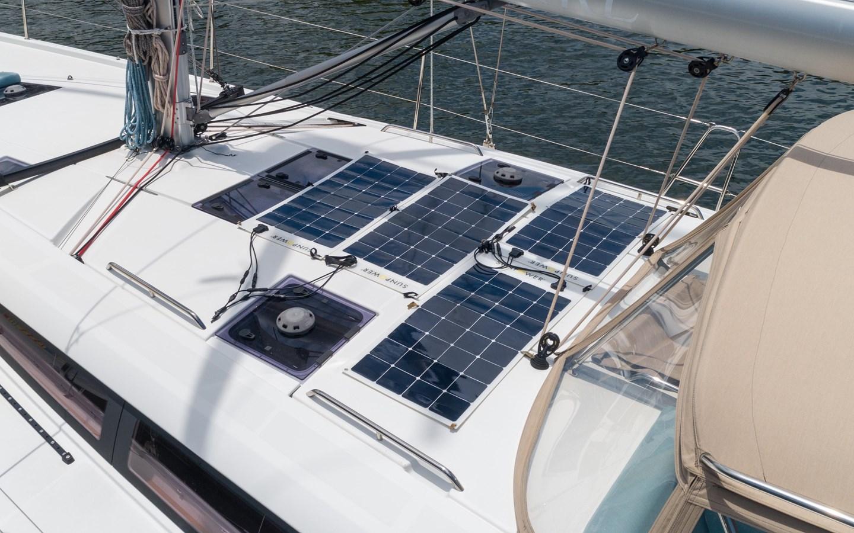 77 2017 JEANNEAU 54 Cruising Sailboat 2702737