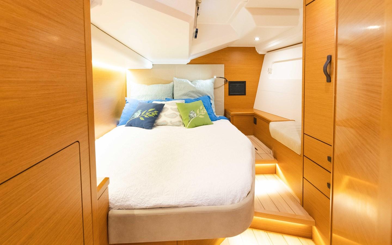 105 2017 JEANNEAU 54 Cruising Sailboat 2702765