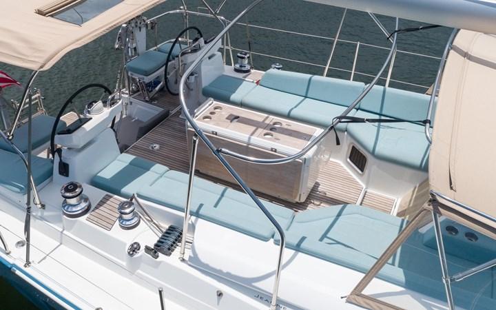 34 2017 JEANNEAU 54 Cruising Sailboat 2702650