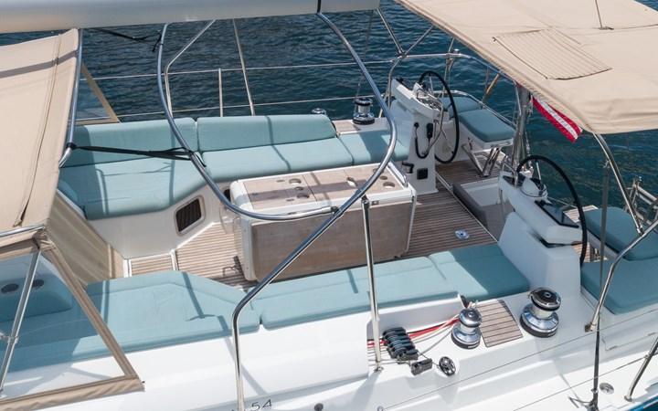 35 2017 JEANNEAU 54 Cruising Sailboat 2702651