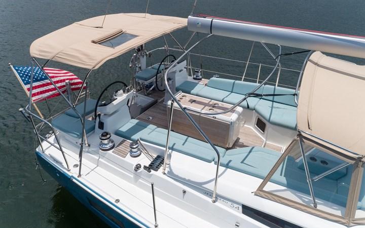 40 2017 JEANNEAU 54 Cruising Sailboat 2702657