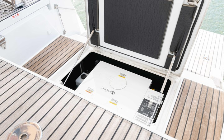 57 2017 JEANNEAU 54 Cruising Sailboat 2702703