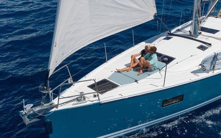 99 2017 JEANNEAU 54 Cruising Sailboat 2702759