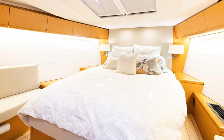 109 2017 JEANNEAU 54 Cruising Sailboat 2702769