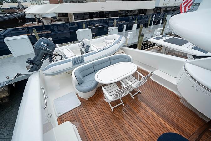 Skylounge Aft Deck / Tender 2002 LAZZARA Skylounge Motor Yacht 2563930