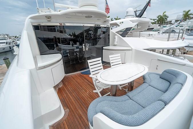 Skylounge Aft Deck 2002 LAZZARA Skylounge Motor Yacht 2563931